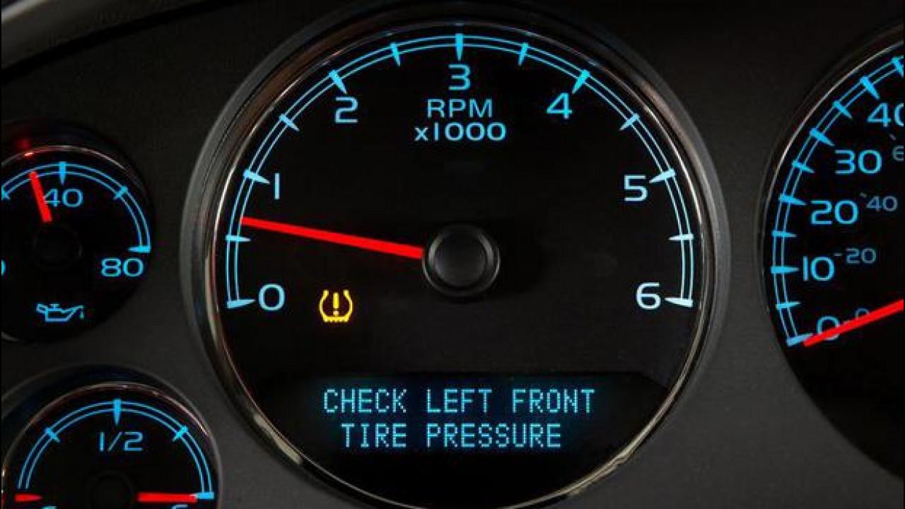[Copertina] - Pneumatici: il sensore di pressione diventa obbligatorio