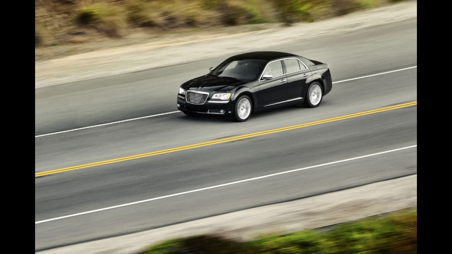 Nuova Chrysler 300C, le prime immagini