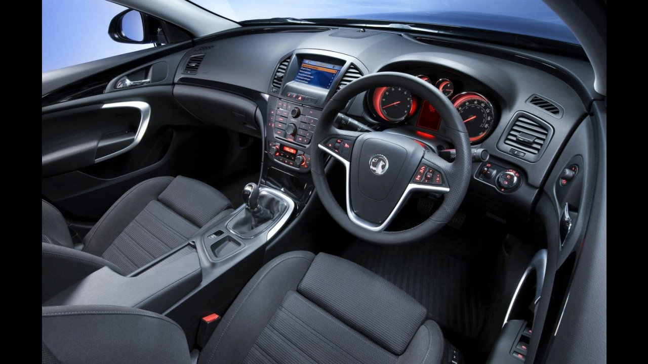 La plancia della nuova Opel Insignia