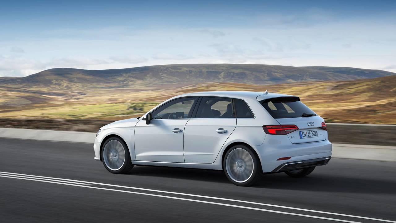 10 Audi A3 Sportback E Tron