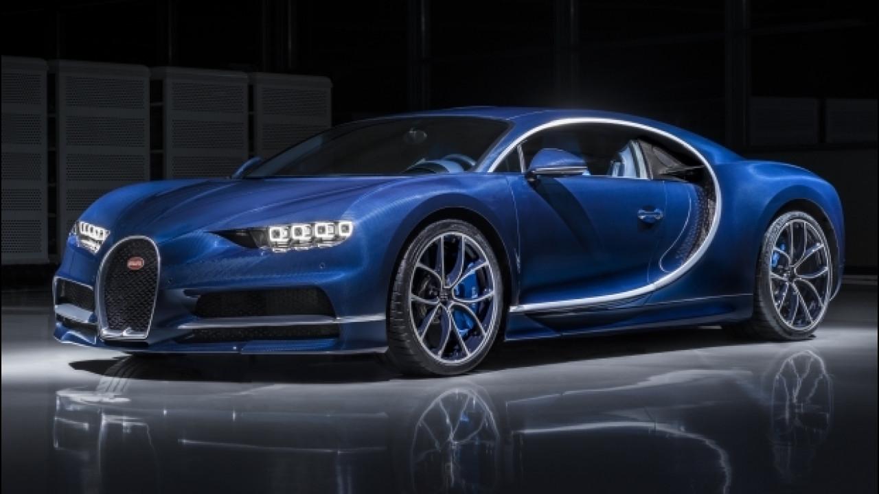[Copertina] - Bugatti Chiron, una nuova livrea carbonio Bleu Royal