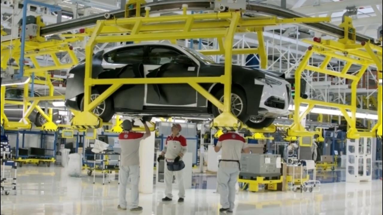 [Copertina] - Alfa Romeo Stelvio, eccola in fabbrica a Cassino