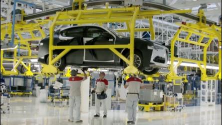 Alfa Romeo Stelvio, eccola in fabbrica a Cassino
