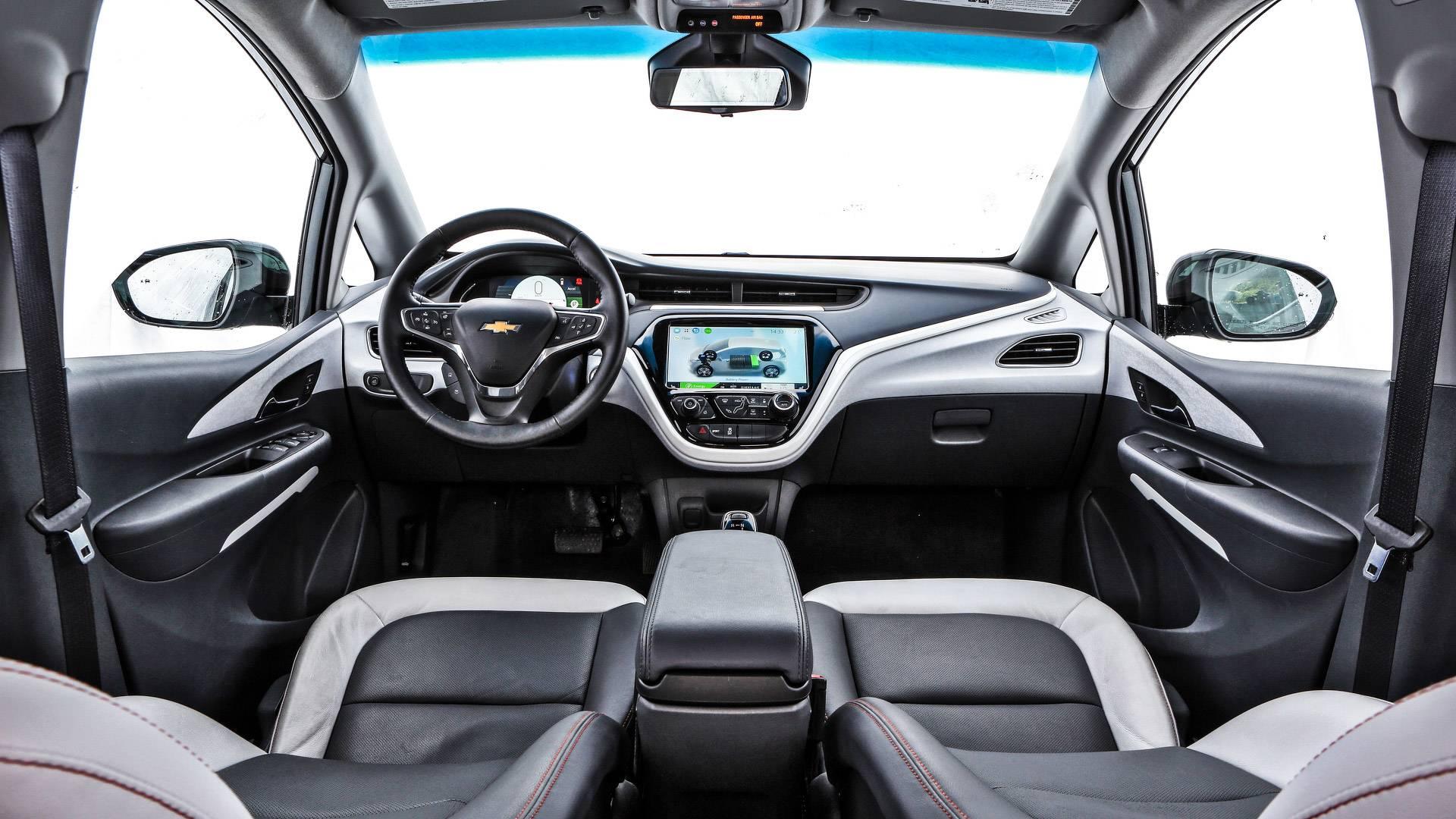 Salão de SP: Chevrolet Bolt chega ao Brasil em 2019 por R$ 175.000 Chevrolet-bolt-teste-br