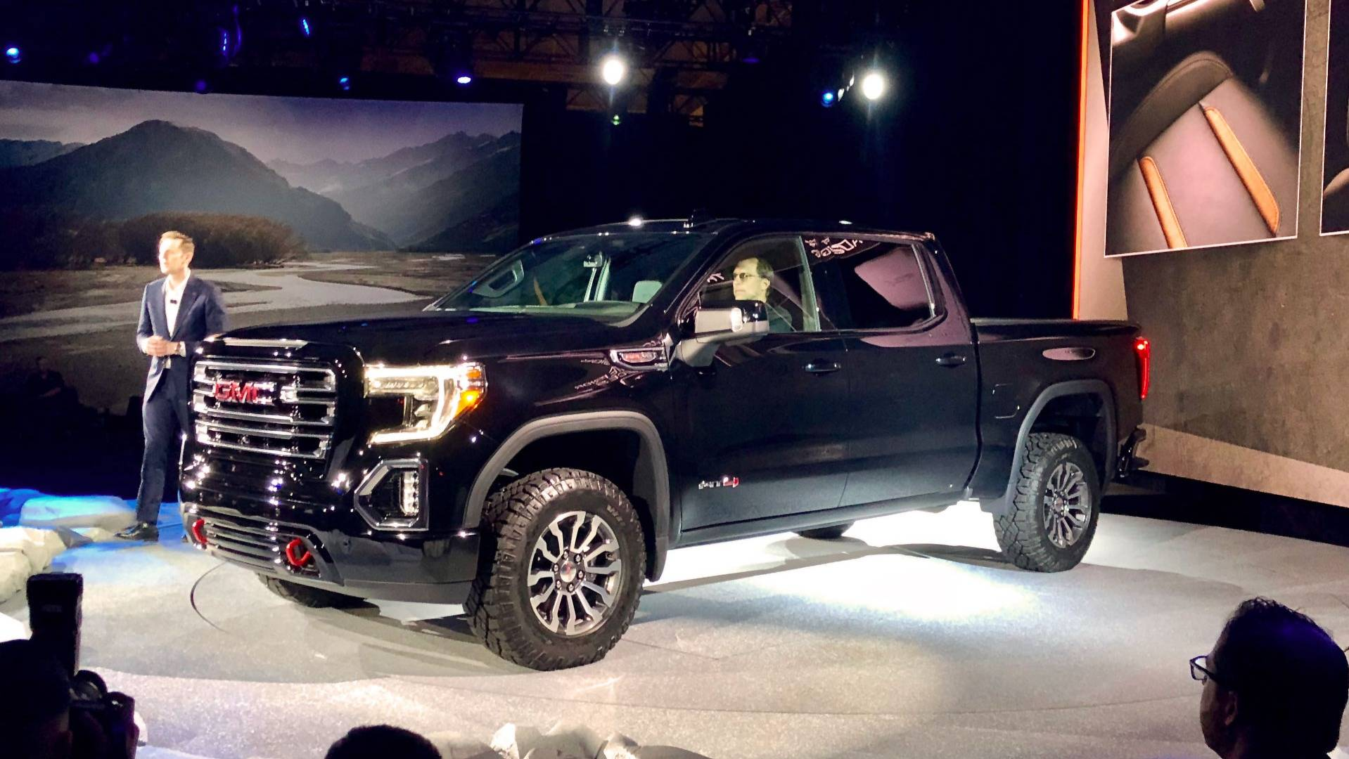 f4d5dbc8470 GMC Launches 2019 Sierra AT4 And Off-Road-Ready Sub-Brand