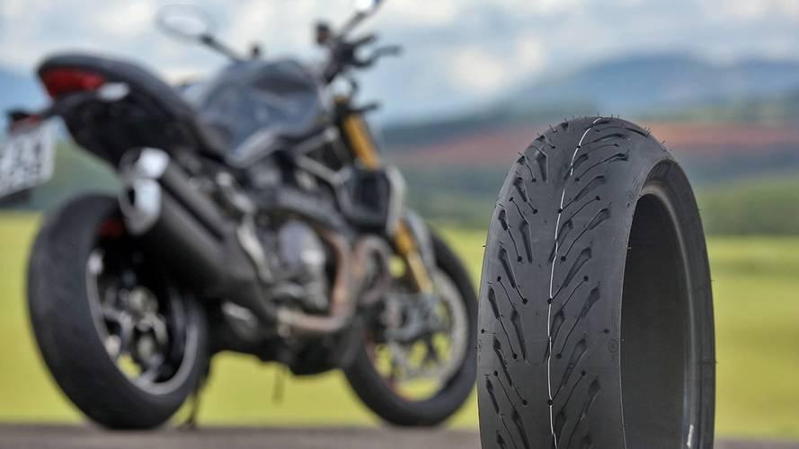 Novo pneu da Michelin para motos promete melhor performance mesmo após 5 mil km rodados
