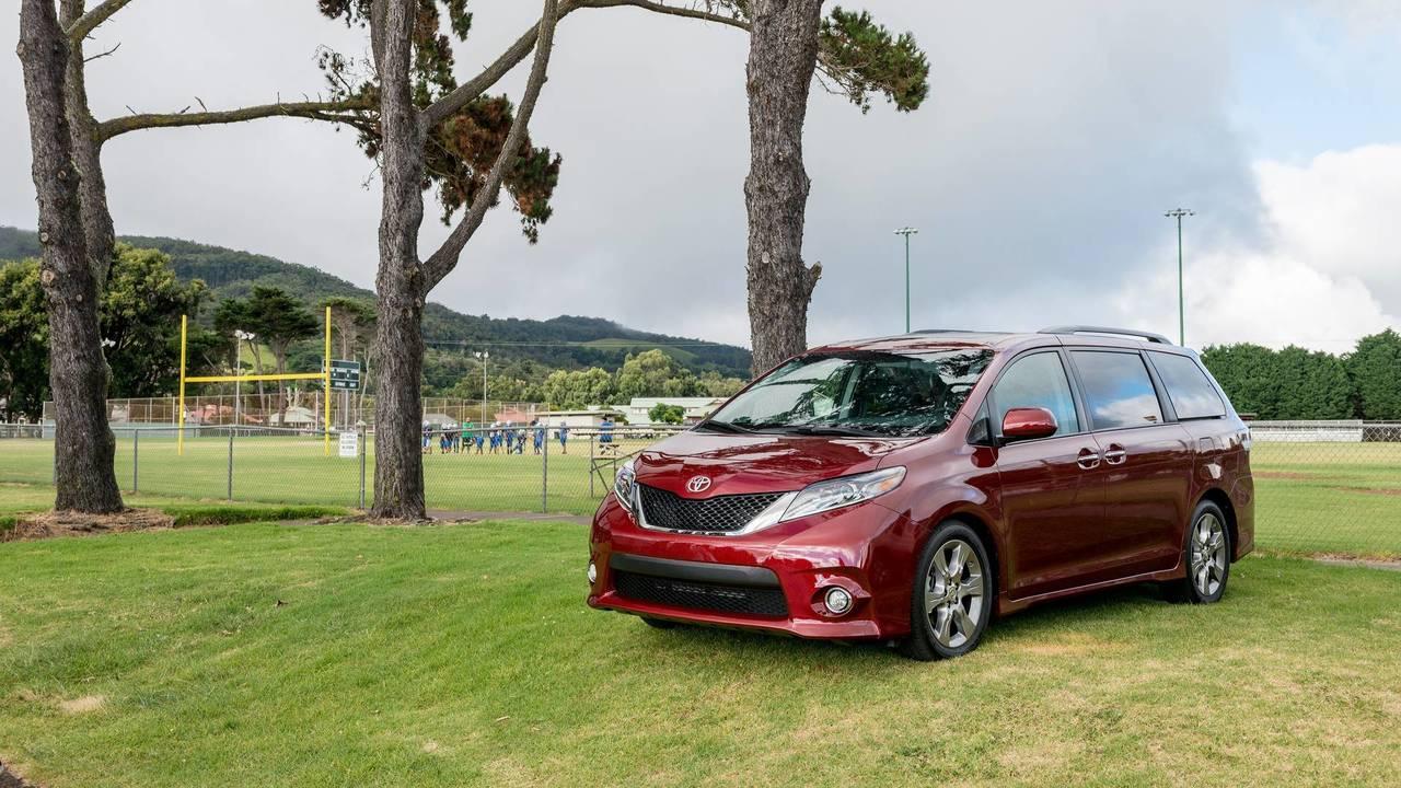 8. Minivan: Toyota Sienna.