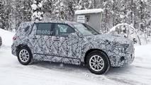 Mercedes-Benz GLB-Class spy photo