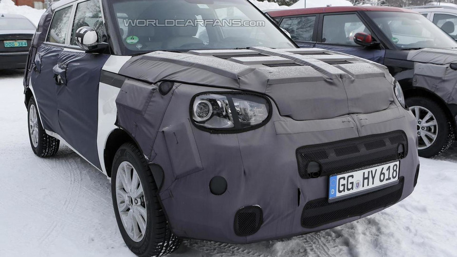 2014 Kia Soul poses for the camera