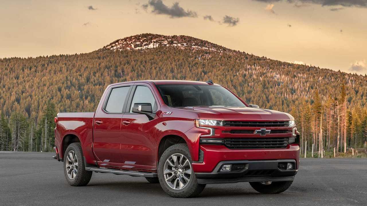 3. Chevrolet Silverado: 575,600 Units