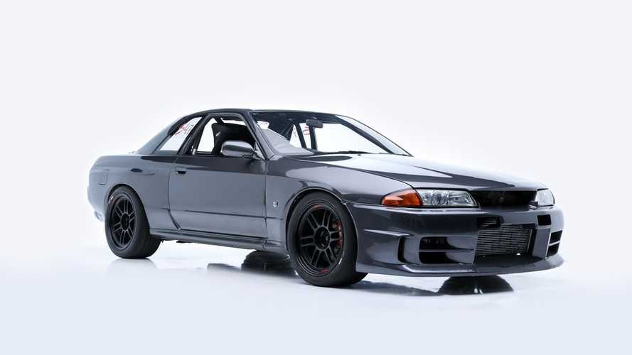 Nissan Skyline R32 / Paul Walker