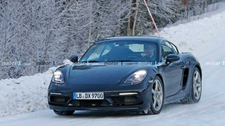 Porsche 718 Cayman GTS 4.0 Spy Photos