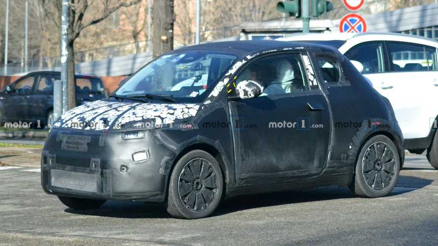 Fiat 500 EV spied with production body for the first time