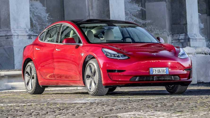 Tesla brinda: Model 3 e Model Y superano il milione di vendite
