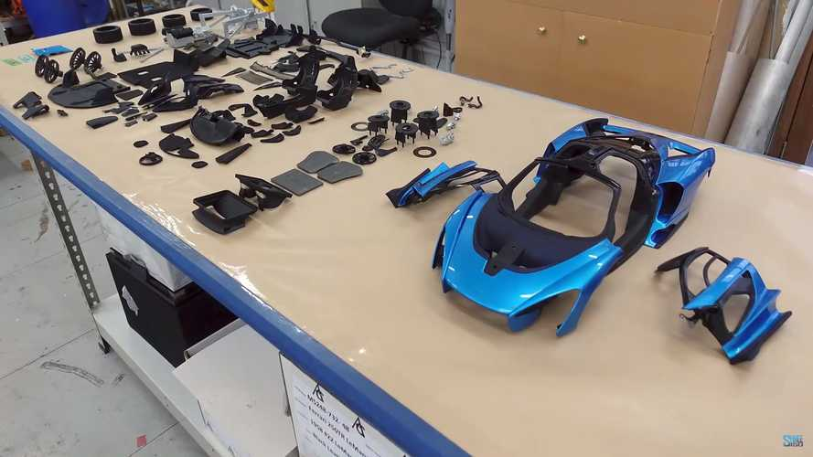McLaren Senna 1:8 Scale Amalgam Model Build Reveals Stunning Detail