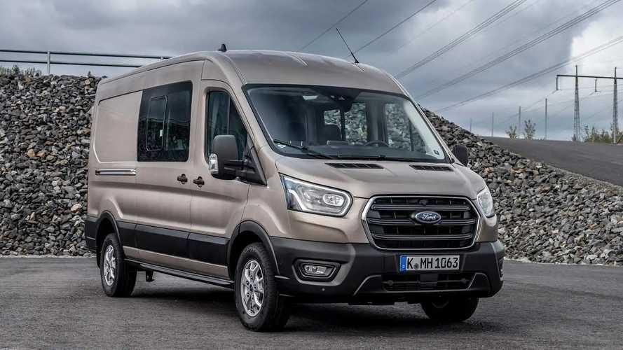 Ford Transit 2022 inicia produção no Uruguai e virá ao Brasil