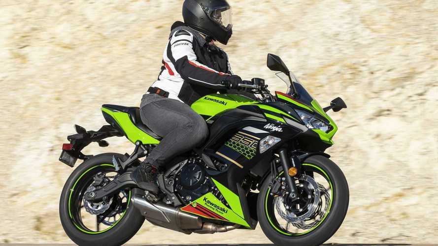 2020 Kawasaki Ninja 650 - Action