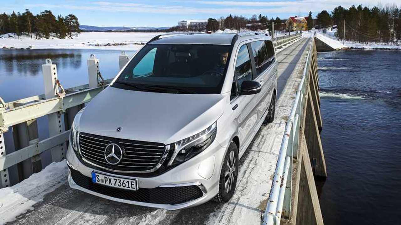 Зимние тесты Mercedes-Benz EQV