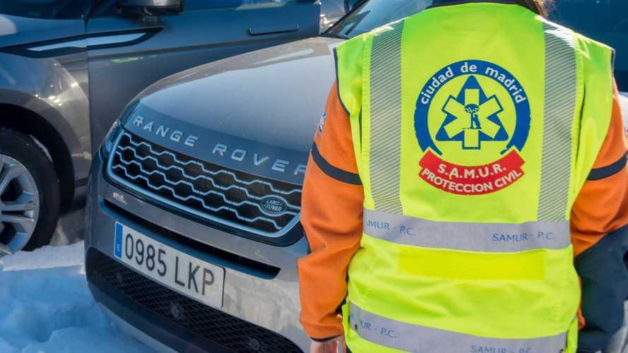 Land Rover cede sus coches 4x4 a los equipos de emergencias de Madrid