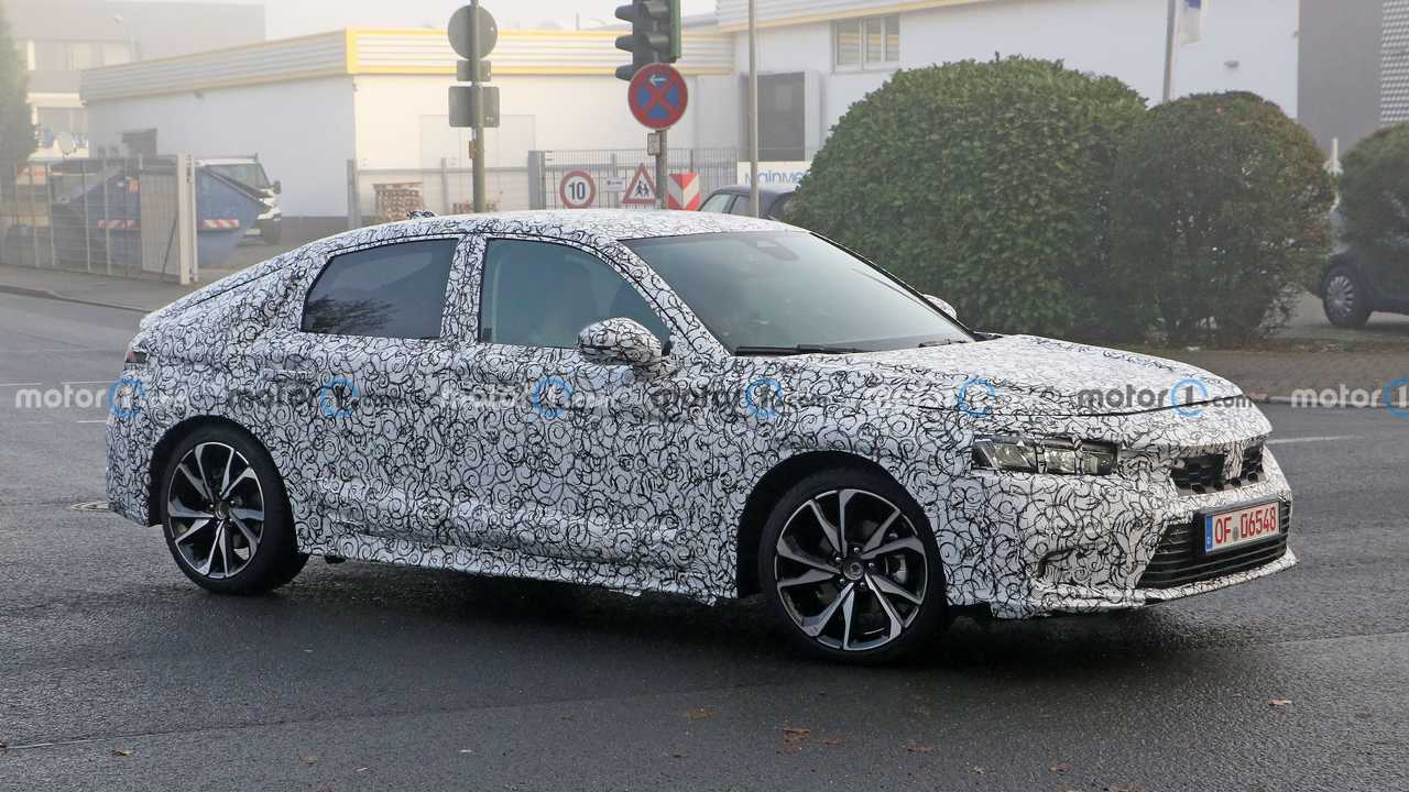 Honda Civic Hatchback Spy Photos Roofline