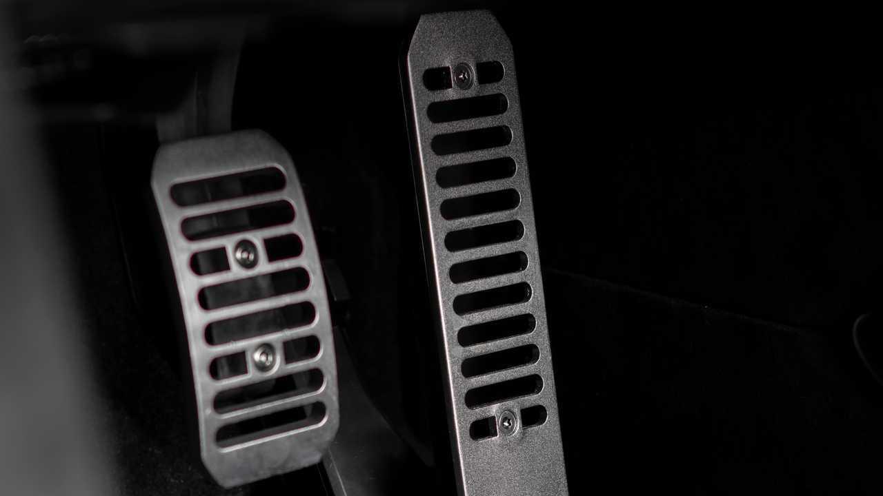 2021 McLaren 765LT pedals