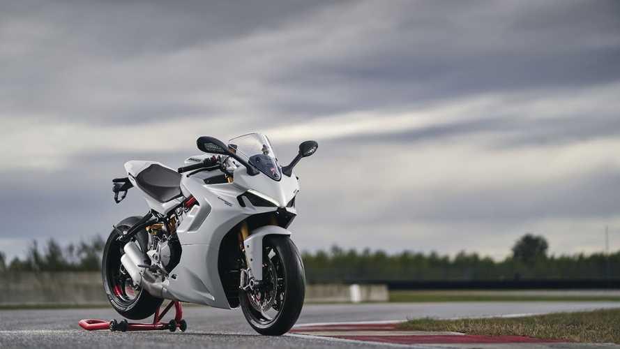 Ducati SuperSport 950 disponibile nei concessionari