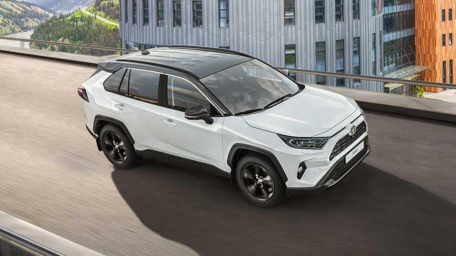 Toyota добавила российскому RAV4 стиля и технологий