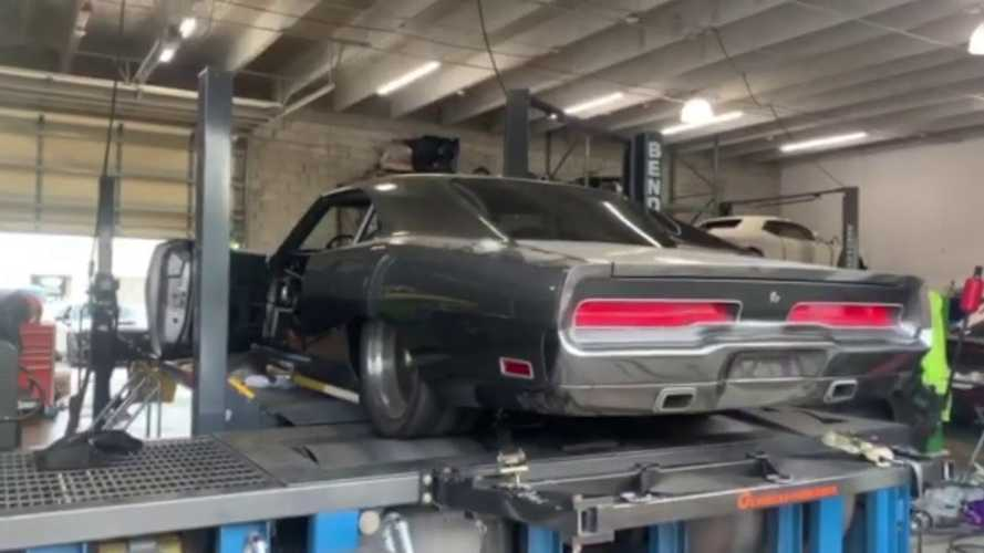 Speedkore's 1970 Dodge Charger Hellephant Sounds Incredible On Dyno