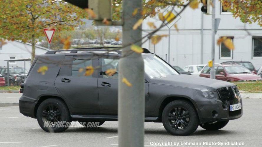 SPY PHOTOS: Mercedes GLK