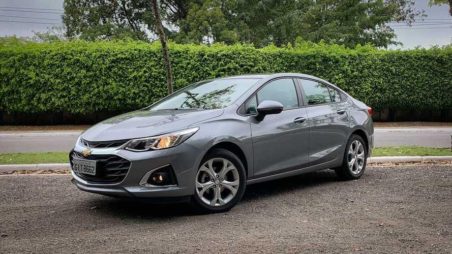 Teste em vídeo: Chevrolet Cruze LT ainda é uma boa opção entre os sedãs médios?