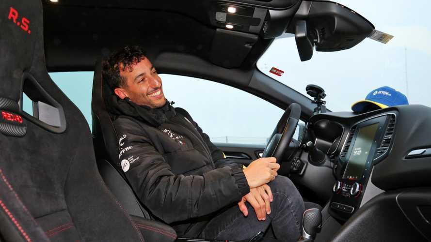 Több ponton is rizikósnak tűnt Ricciardo és Ocon köre a legendás Nordschleifén