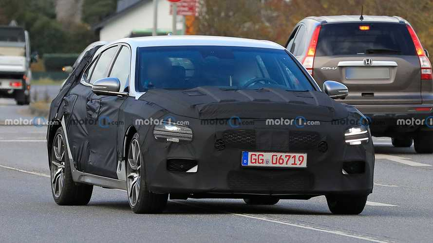 Genesis G70 Shooting Brake new spy photos