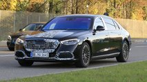 Mercedes-Maybach S-Klasse (2021) kaum noch getarnt erwischt