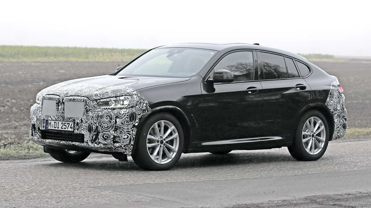 Face Lifted BMW X4 Spied During Testing