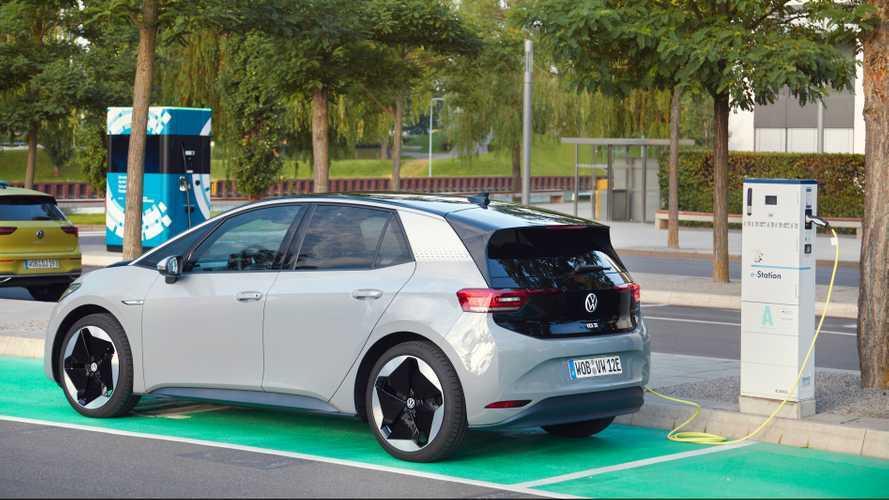 Elektroauto-Prämie: So kommen Sie an das Geld vom Staat