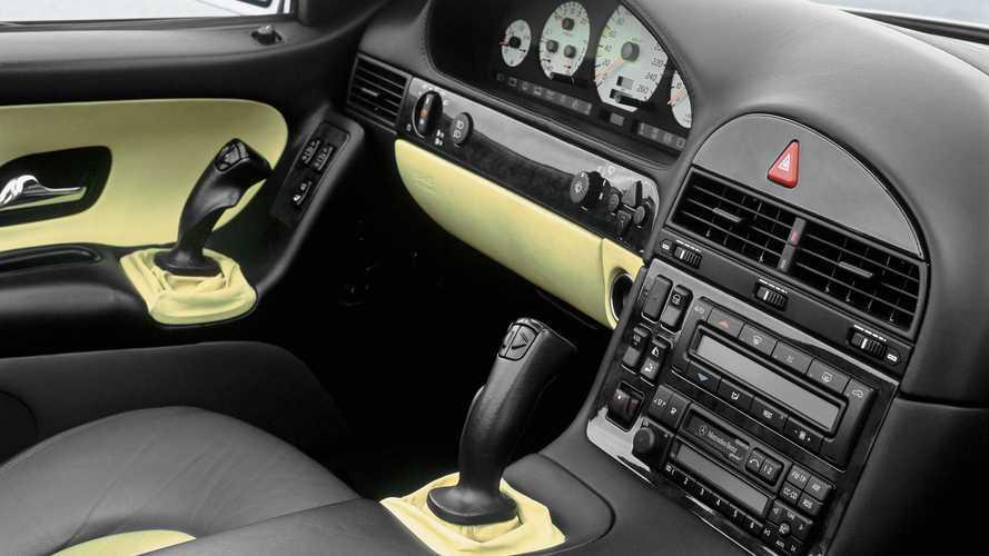 Mercedes-Benz SL R 129 'sidesticks' (1998)