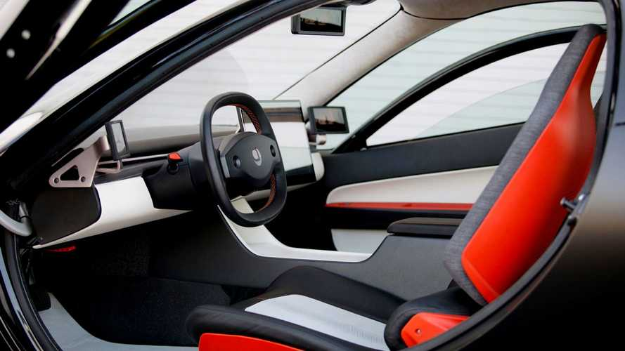 Carro elétrico solar com autonomia de 1.600 km já pode receber pedidos
