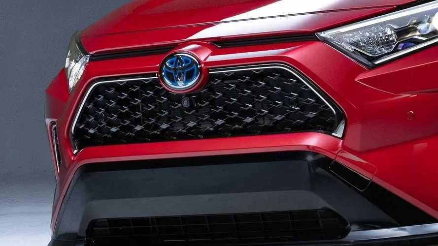 Toyota RAV4 Plug-In Hybrid, il teaser