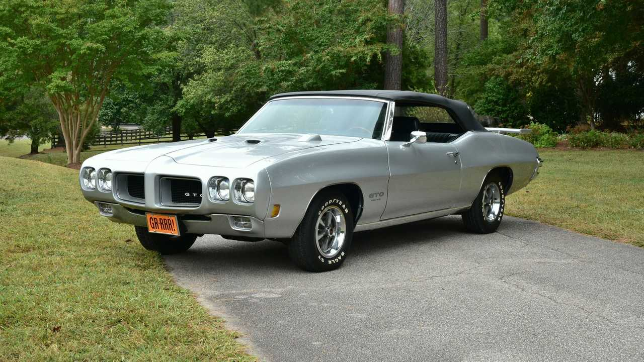 Video: 1970 Pontiac GTO Is Pure Muscle Car Goodness