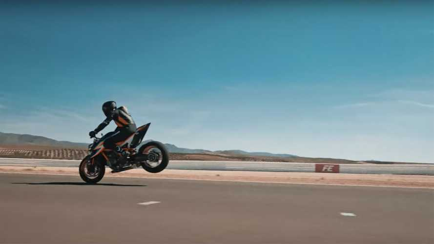 We Get Our First Full Glimpse At The New KTM 1290 Super Duke R
