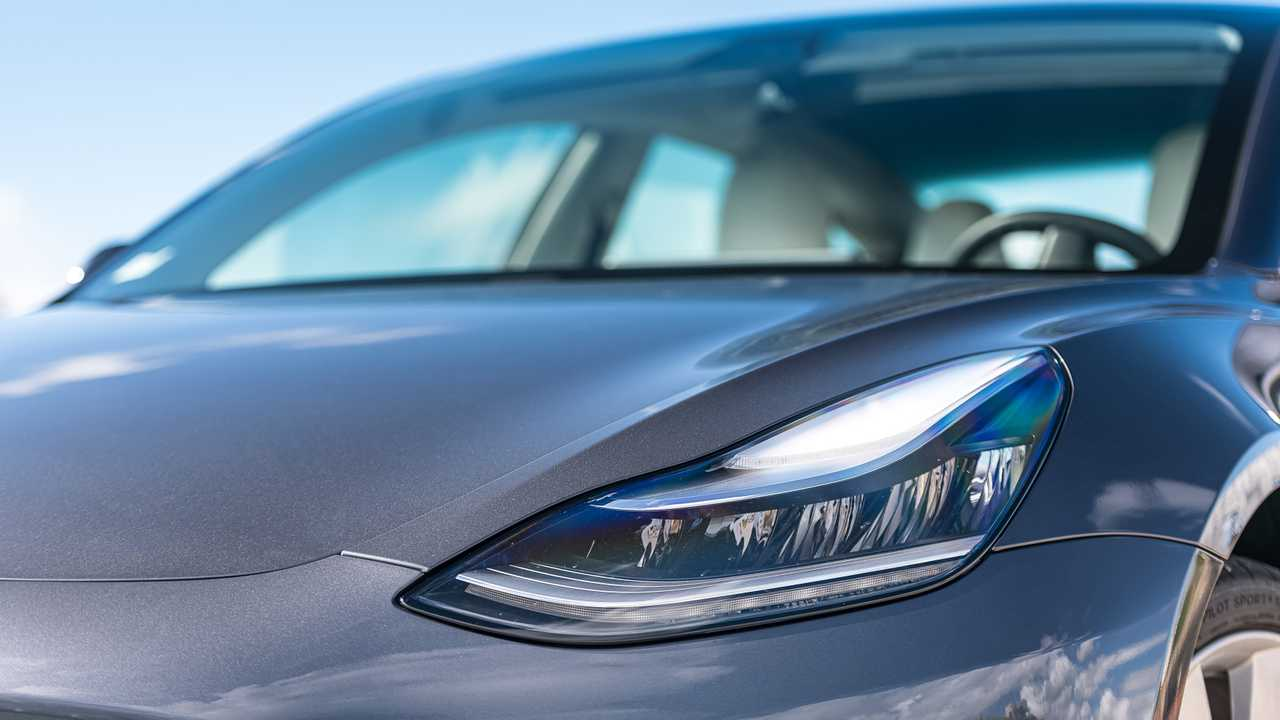 Best Ev Cars >> Tesla Model 3 Has Better Headlights Than Most Cars, According To IIHS