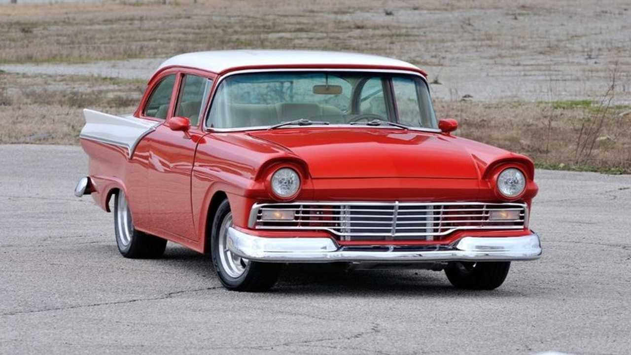 1957 Ford Custom Sedan Restomod Auctioned At No Reserve
