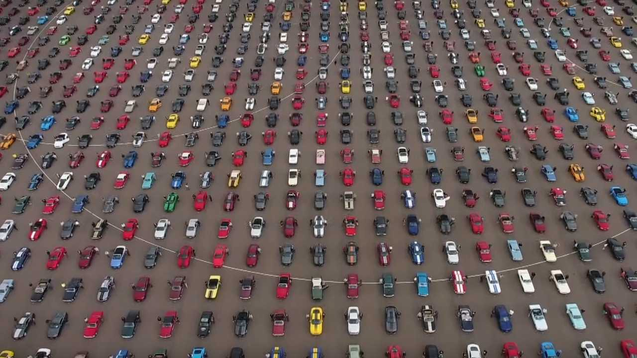 Ford Celebrates New World Record Mustang Meet