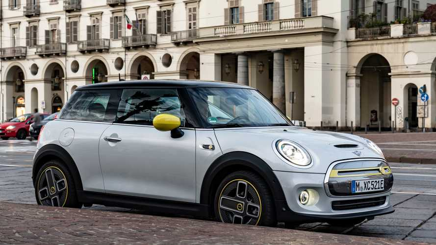 MINI Cooper SE Deliveries Exceed 500 In Europe