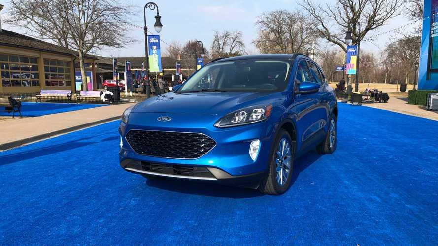 Aguardado no Brasil, Ford Escape Hybrid chega primeiro à Argentina