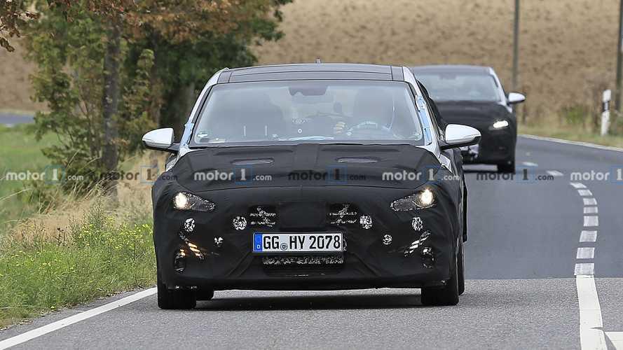 Hyundai i30 reestilizado - Novos flagras