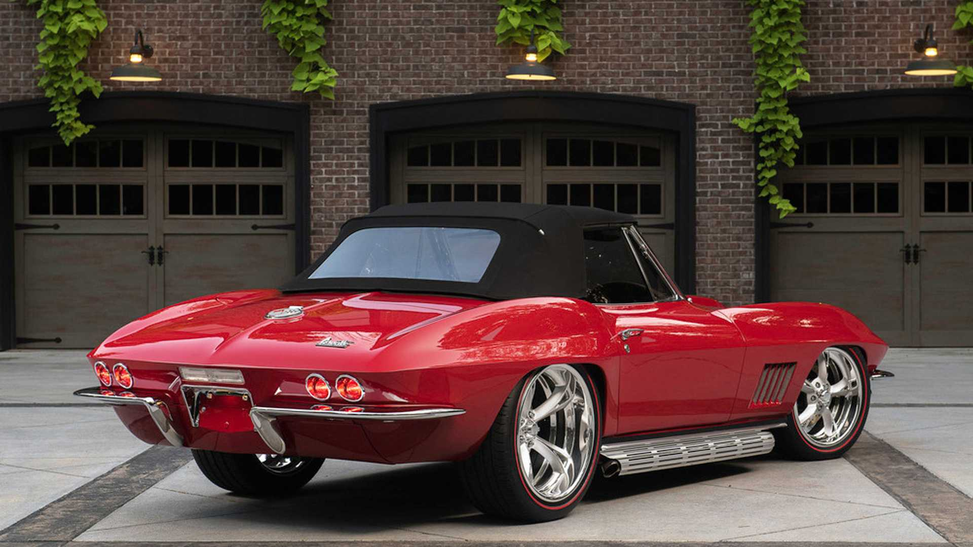 "[""Barrett-Jackson Begins 'Road To 50' At 49th Annual Scottsdale Auction""]"