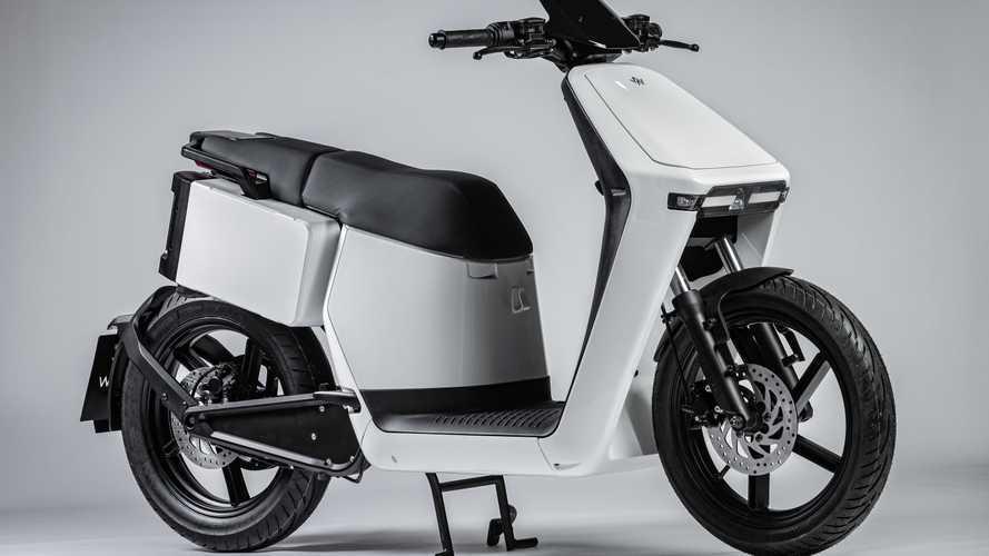 WoW, lo scooter elettrico in doppia versione