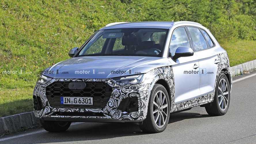 Makyajlı 2020 Audi Q5 prototipinin gümüş rengi harika görünüyor