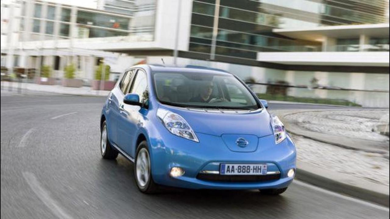 [Copertina] - Nissan Leaf scende in pista all'Autodromo di Monza